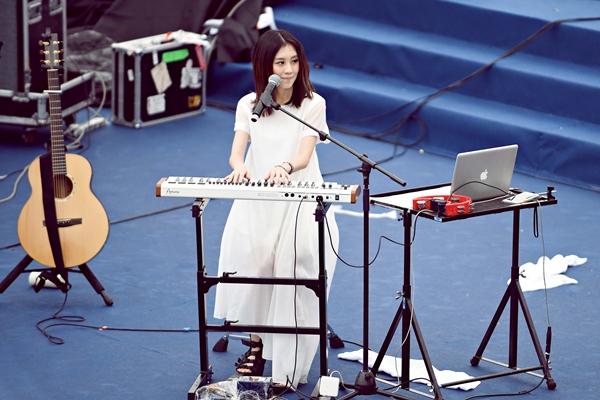 """白安上海Simple Life樂團陣容不簡單!有請瑪莎、前源當""""樂手"""""""