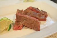 【Fun Cook】神奇解凍板+烹飪:「奇想鮮解凍」 30分鐘快速料理 香煎安格斯牛肉(網友分享)