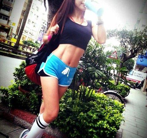 美魔女PK快報/張婷媗人氣衝 登「準冠軍」寶座