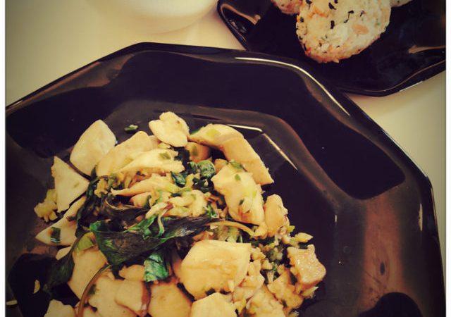 美魔女廚房(二) 三色飯糰+椒鹽杏鮑菇+豆腐味噌湯
