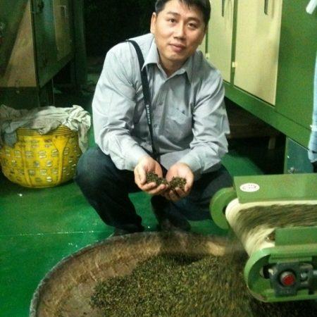 「茶之魔手」王賢明嚴選 天然茶飲抓住顧客的心