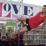 奇聞/圖書館乏人問津!請專人跳鋼管舞「拉客」