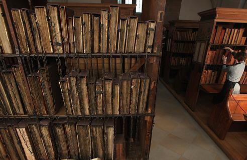 奇聞/書也關禁閉?「鍊」獄圖書館藏驚人秘密?