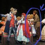 後台直擊/林肯現身《大紅帽》舞台劇後台「修毛」?!