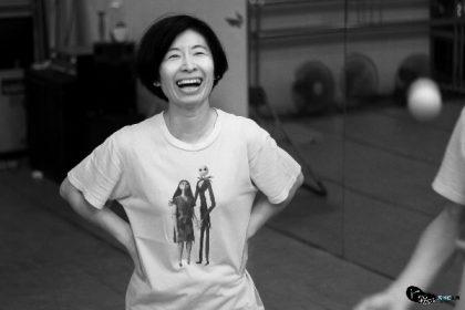 台灣資深物件操偶幻師──薛美華 劇場導演暨演員、偶戲藝術創作者、戲劇教育工作者