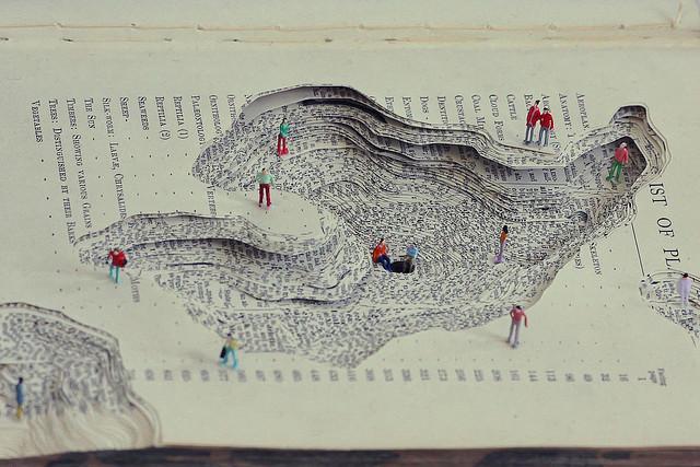 幫書本整形/小人出沒! 書中釣魚、散步好自在