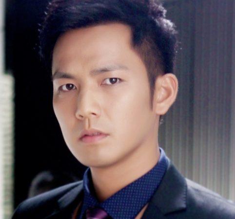 陸勵成-鍾漢良飾演