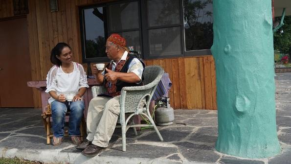 《怡君故事集》-一杯不賣錢的咖啡 滿載家的溫暖
