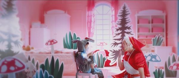 夏克立、夏天父女拍宣傳短片大玩cosplay