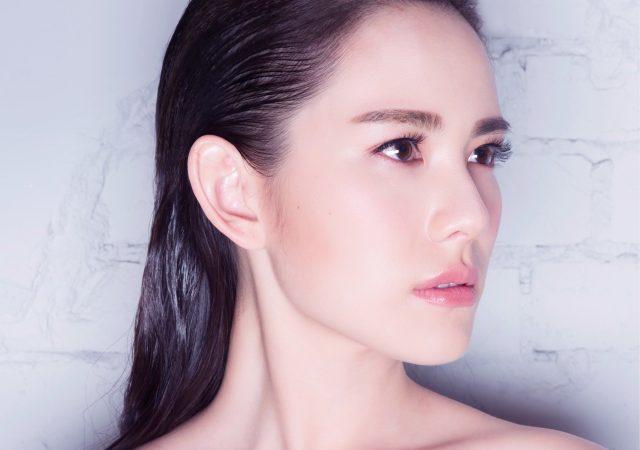 王詩安新單曲 <HOME>數位發行  一條圍巾上陣  裸身拍絕美封面美照