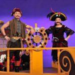 新益智節目《奇幻島》 小燕姐Cosplay女海盜 闖關失敗乾脆現場泡溫泉?