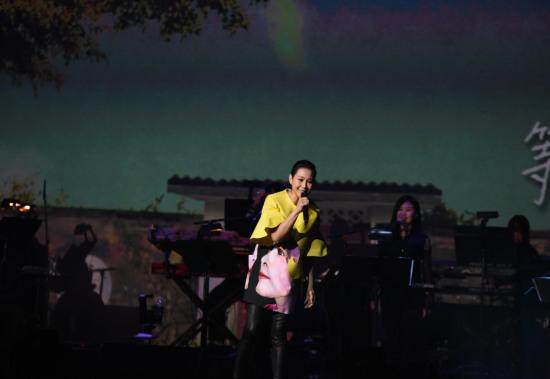 少女小漁成文藝天后首次美國巡演 劉若英「我敢」跨出亞洲