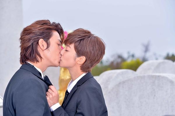 「杜琵戀」壓倒性奪冠!《愛上哥們》陳楚河、賴雅妍登最高人氣情侶檔!
