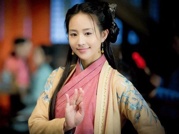張鈞甯突破戲路喜感演出   變身淘氣超能少女