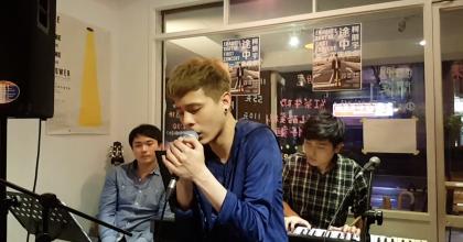 【Kurt 嗑音樂】Baby Song(Live by 柯朋宇 @好意思Cafe)