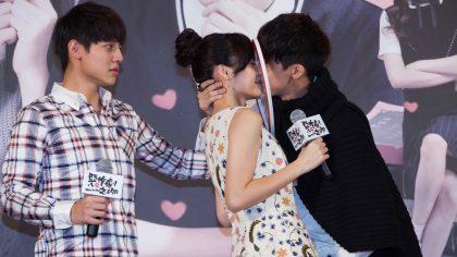 《惡作劇之吻》李玉璽霸氣強吻吳心緹   宮以騰撩學生妹玩親親!